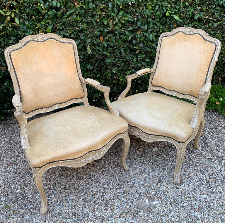 Pair of bergere Fauteuil chairs in the style of Louis XV - A lovely pair with great age and dimension - cream velvet with bone finish..