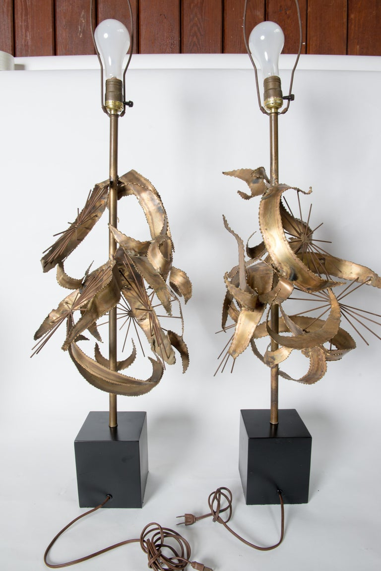 Pair of Bijan Brass Brutalist Lamps for Laurel For Sale 6