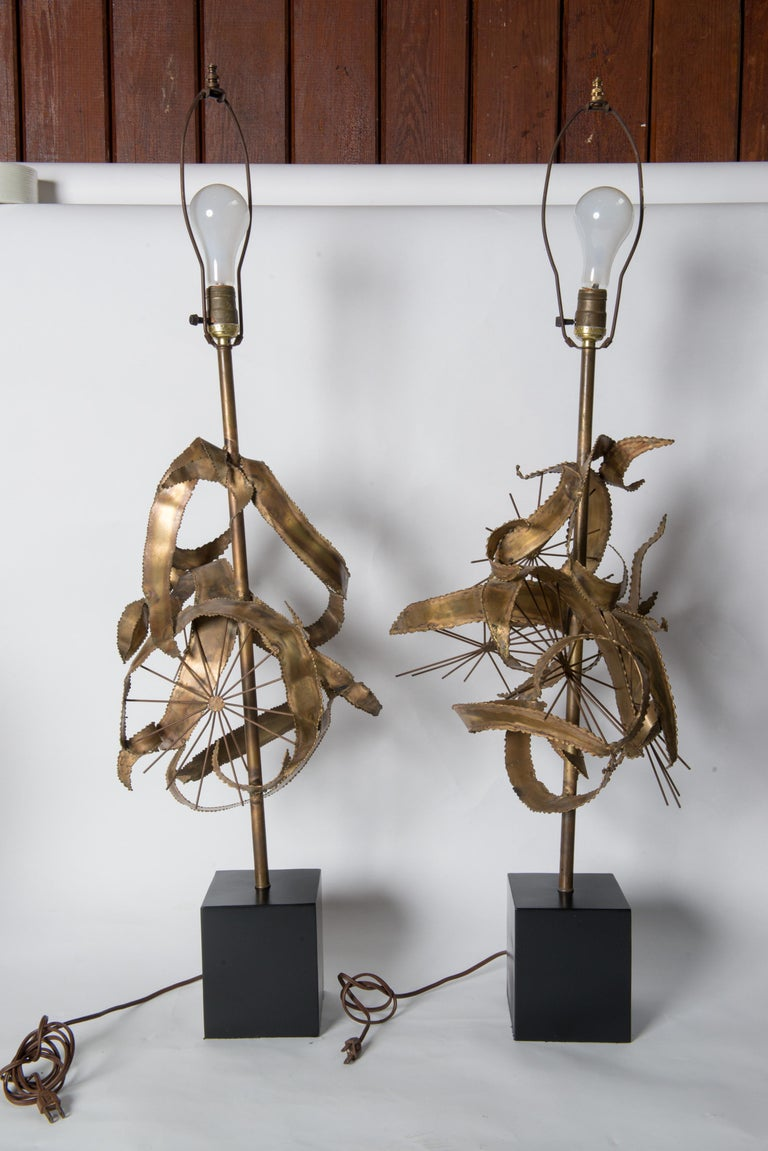 Pair of Bijan Brass Brutalist Lamps for Laurel For Sale 1