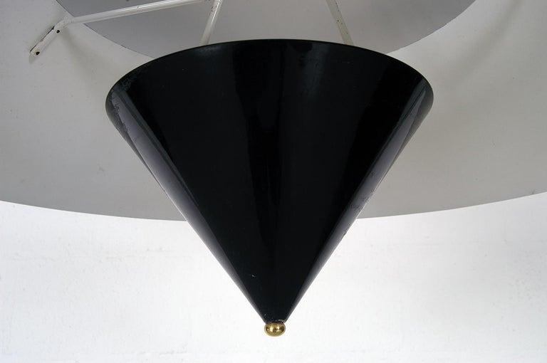 Pair of Black White Italian 'Kalaari' Ceiling Pendants Vico Magistretti Oluce For Sale 4