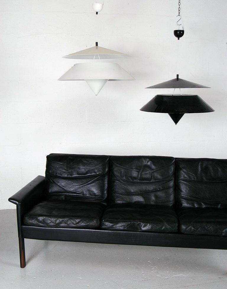 Mid-Century Modern Pair of Black White Italian 'Kalaari' Ceiling Pendants Vico Magistretti Oluce For Sale