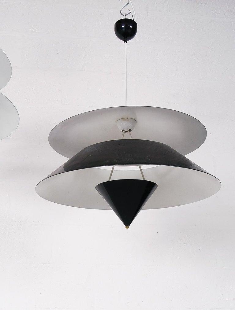 Pair of Black White Italian 'Kalaari' Ceiling Pendants Vico Magistretti Oluce For Sale 3