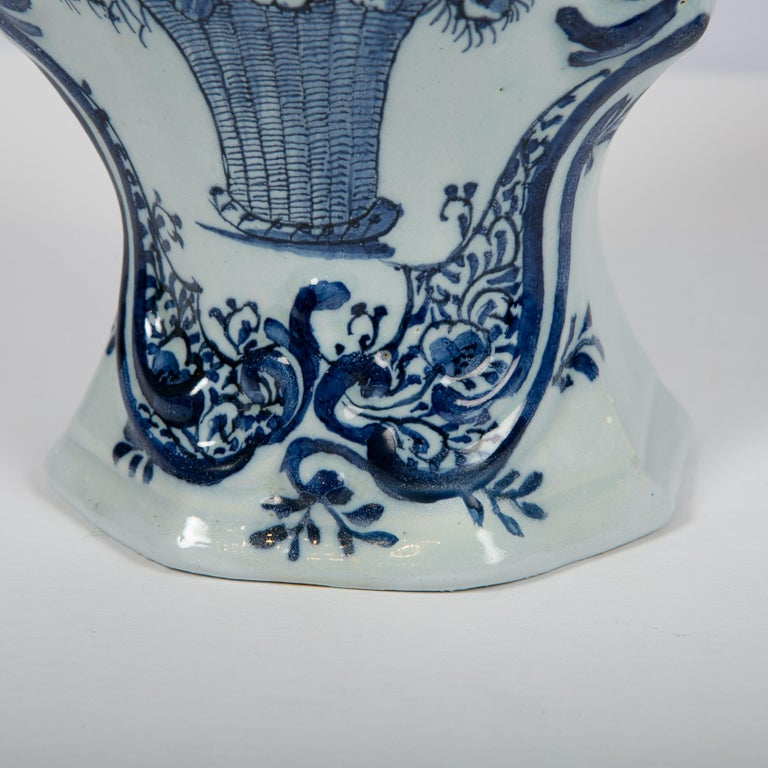 19th Century Pair of Blue and White Dutch Delft Mantle Jars Made, Netherlands, circa 1820 For Sale