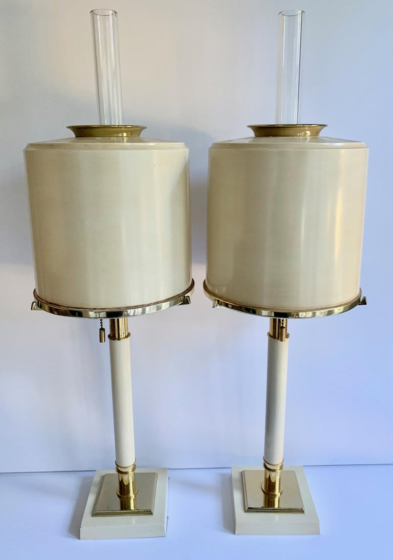 Pair of Laurel Lamps in Cream Metal with Brass Detailing For Sale 5