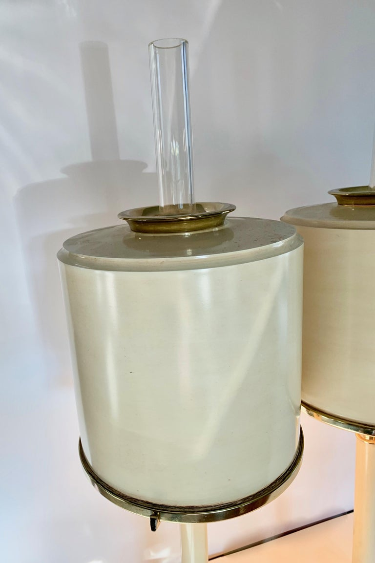 Pair of Laurel Lamps in Cream Metal with Brass Detailing For Sale 3