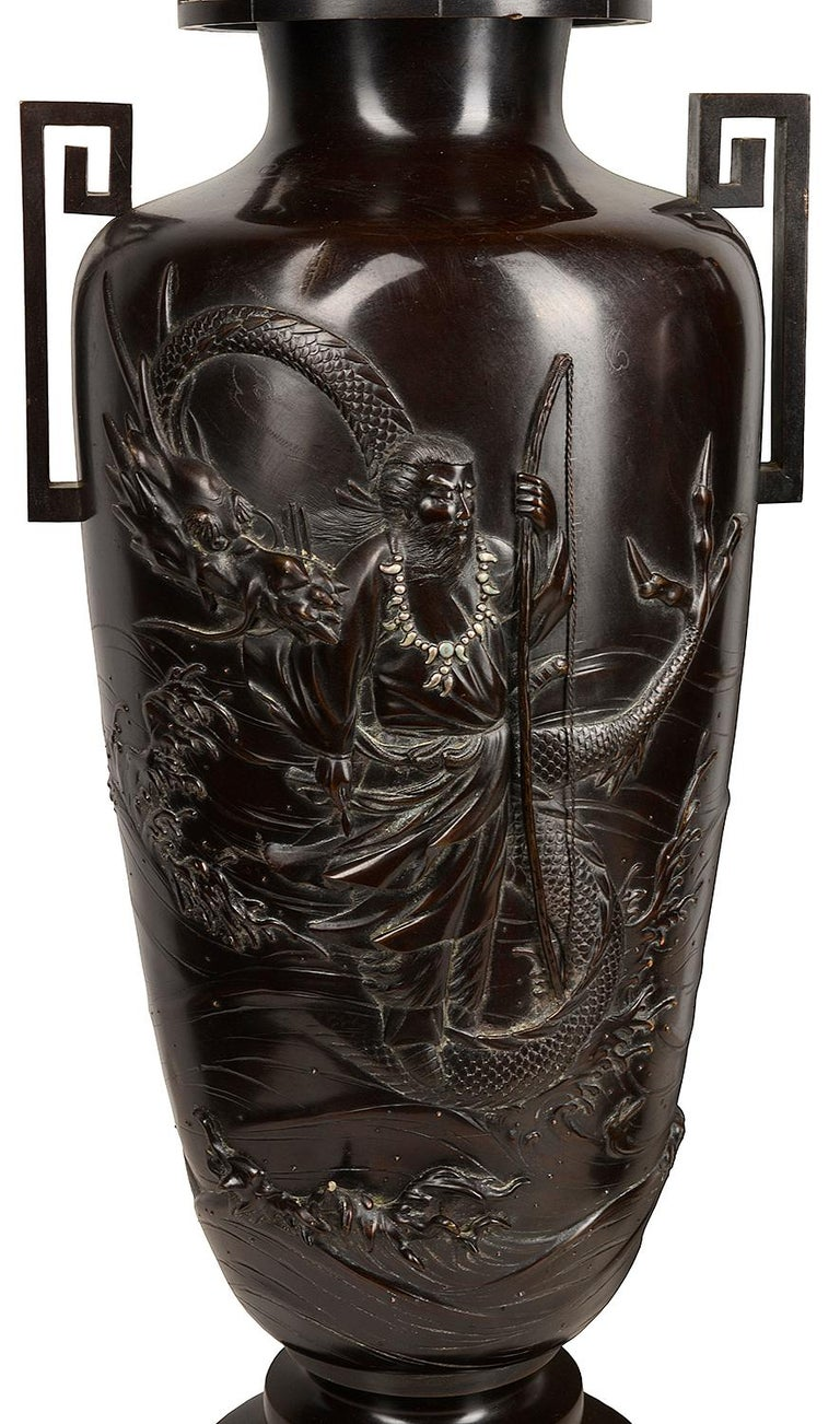 Pair of Japanese Meiji / Taisho Period '1900-1920' Cast Bronze Vases / Lamps For Sale 1