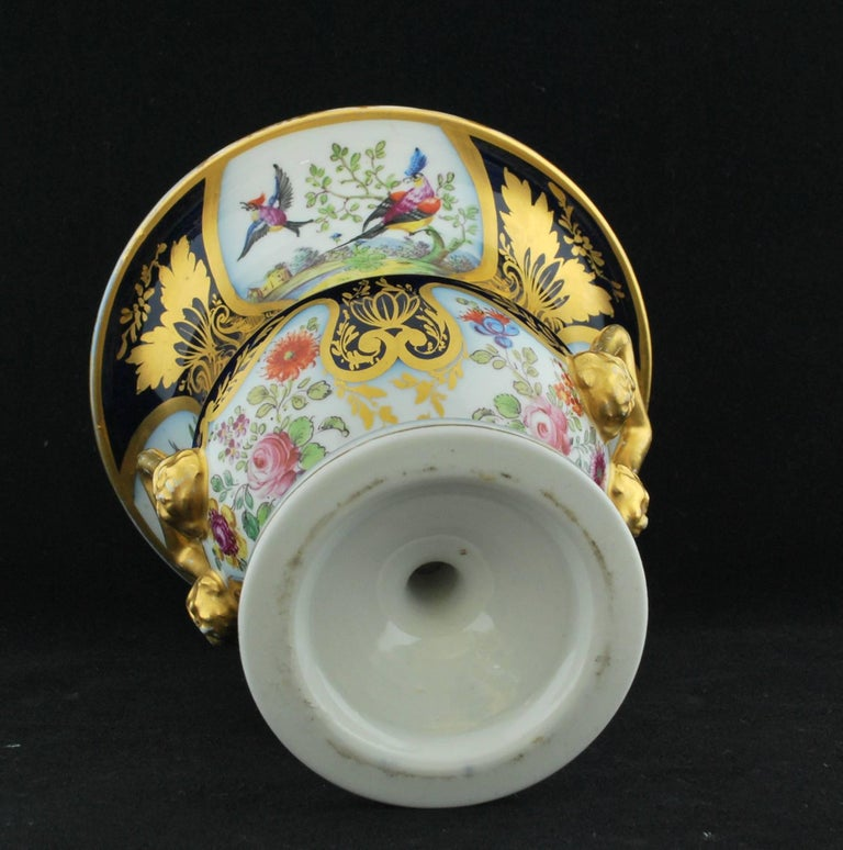 Pair of Campana Vases, Dublin Decorated, Derby Porcelain Works, circa 1810 For Sale 8