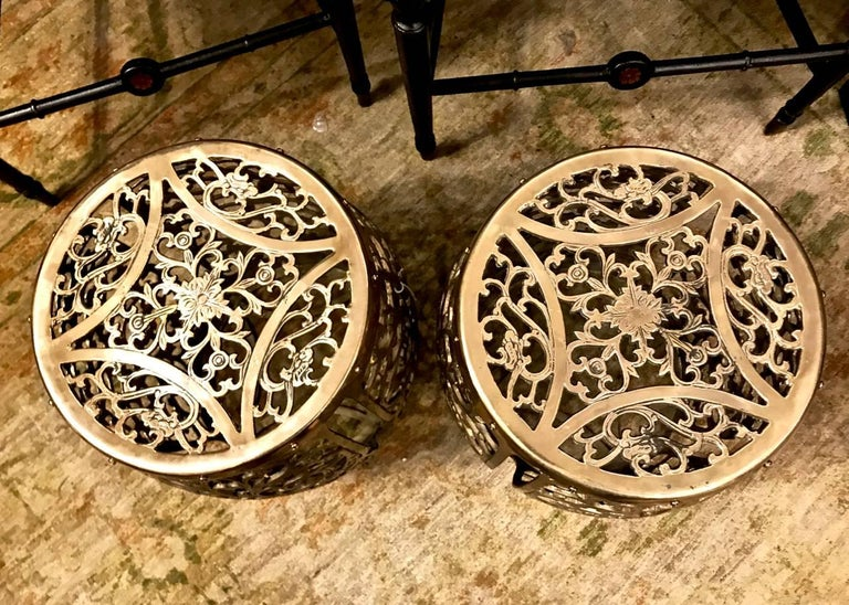 Pair of Cast Brass Garden Stools, Scrolling Vines, circa 1960 In Good Condition For Sale In Pasadena, CA