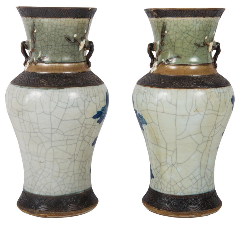 Pair of Chinese Blue and White Crackelware Vases, circa 1900 In Good Condition For Sale In Brighton, Sussex