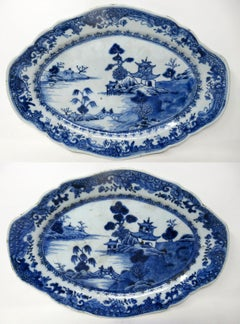 Pair of Chinese Canton Porcelain Blue White Plates Dishes Qianlong, 18th Century