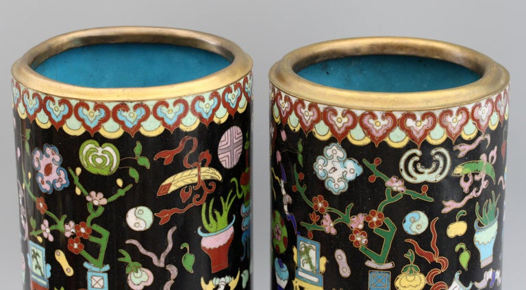Metal Pair of Chinese Cloisonné Cylindrical Precious Object Vases For Sale