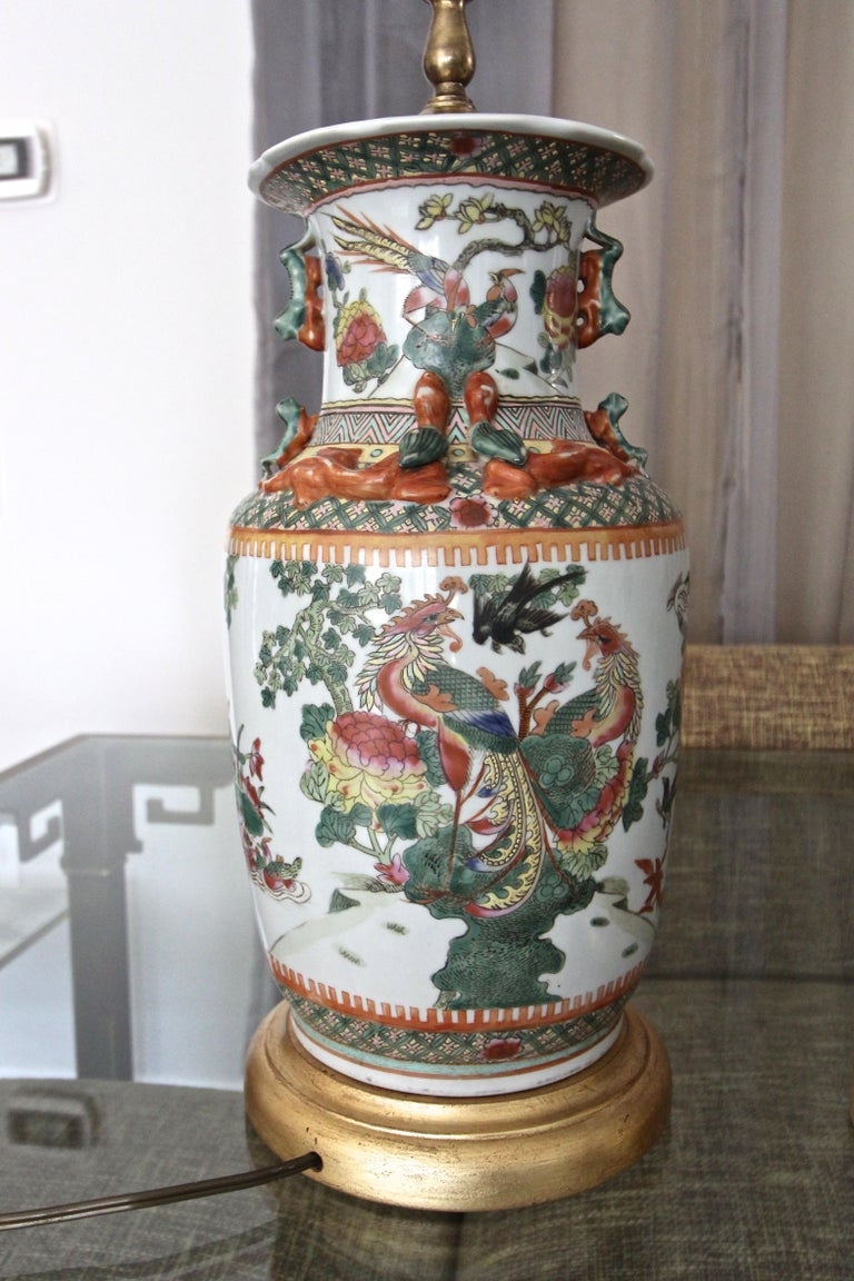 Pair of Chinese Rose Canton Peacocks Porcelain Vase Table Lamps For Sale 5