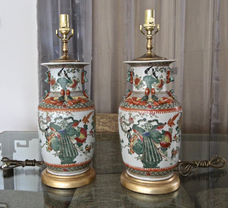 Pair of Chinese Rose Canton Peacocks Porcelain Vase Table Lamps In Good Condition For Sale In Palm Springs, CA