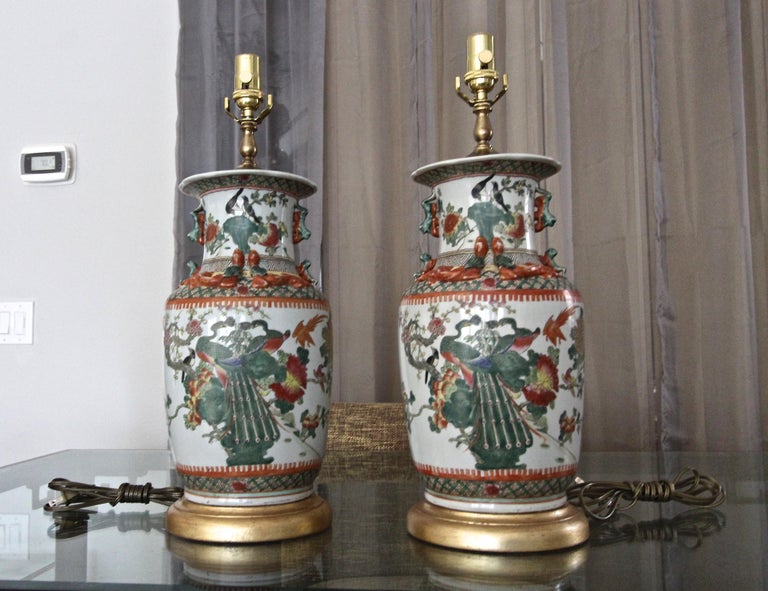 Mid-20th Century Pair of Chinese Rose Canton Peacocks Porcelain Vase Table Lamps For Sale