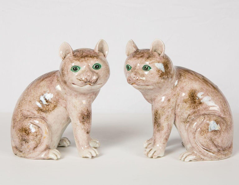 Pair of Chinese Stoneware Cats Qing Dynasty 19th Century For Sale 1
