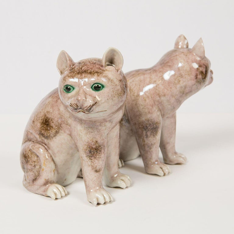 Pair of Chinese Stoneware Cats Qing Dynasty 19th Century For Sale 2