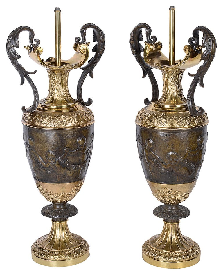 Pair of Classical Bronze Vases / Lamps In Good Condition For Sale In Brighton, Sussex