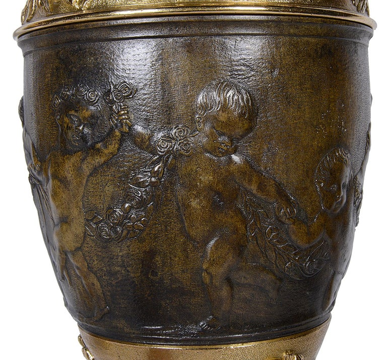 Pair of Classical Bronze Vases / Lamps For Sale 2