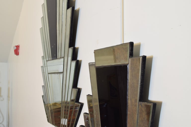 Pair of Continental Art Deco Wall Mirrors, Second Quarter of the 20th Century 1