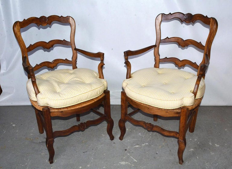 20th Century Pair of Country Louis XV Style Ladder Back Armchairs For Sale