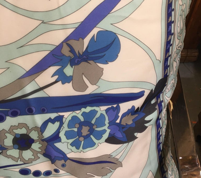 Pair of Custom Vintage Silk Emilio Pucci Pillows For Sale 5