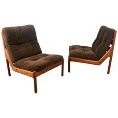 Pair of Danish Modern Lounge Chairs CSC SILKBORG Denmark, Johannes Andersen