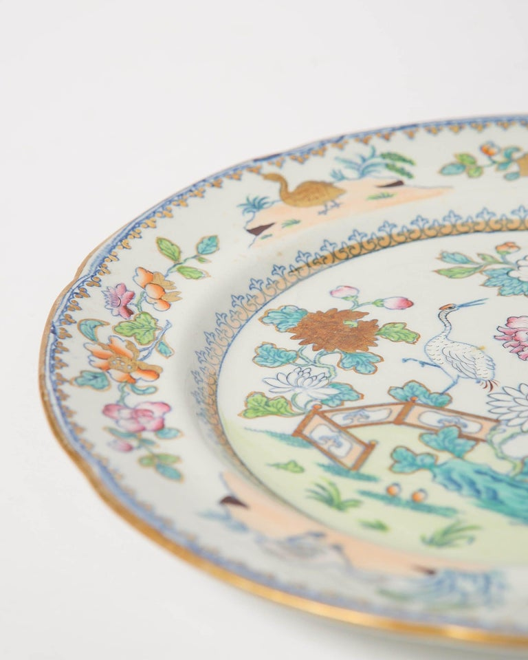 Pair of Davenport Plates with a Chinoiserie Design Turquoise and Pink For Sale 3