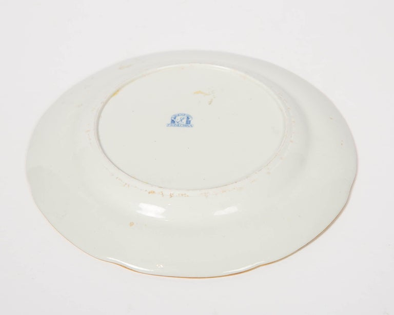 Pair of Davenport Plates with a Chinoiserie Design Turquoise and Pink For Sale 2