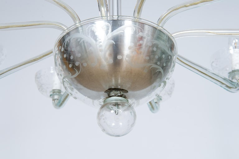 Pair of Deco Chandeliers Hand Carved Clear Color in Blown Murano Glass, Italy For Sale 9