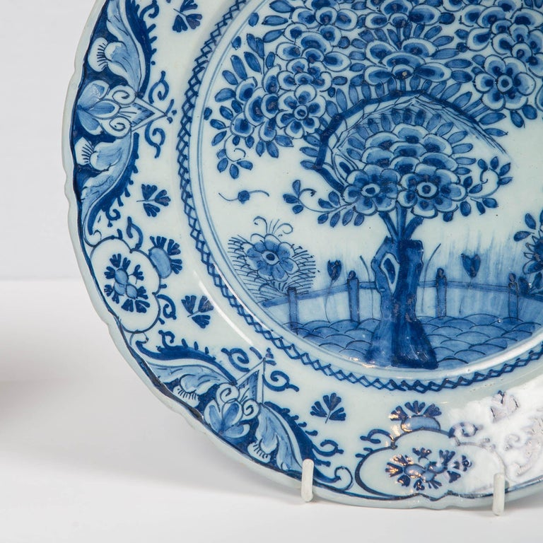 18th Century Pair of Delft Blue and White Chargers in the Theeboom Pattern Made circa 1770 For Sale