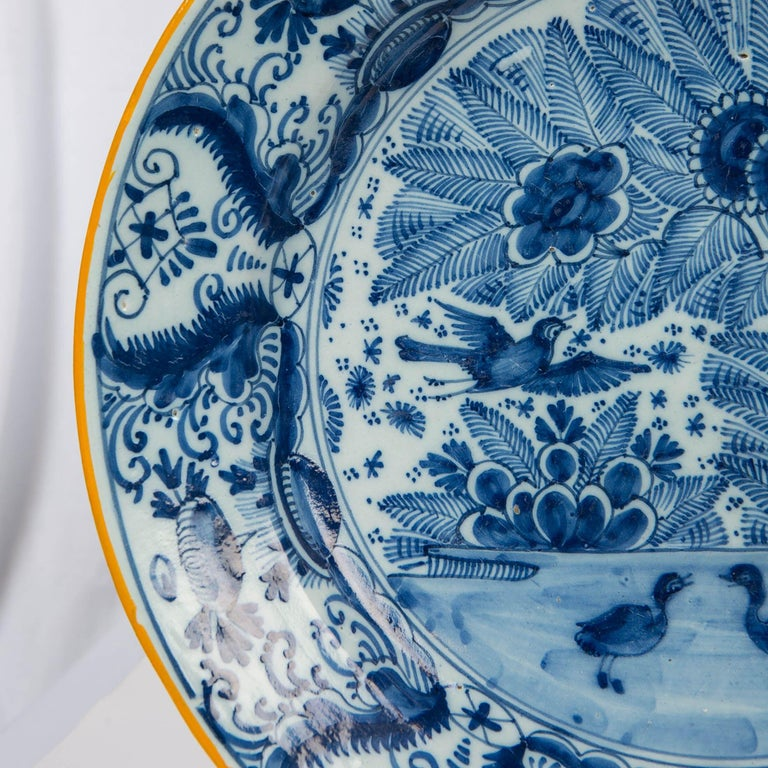Pair of Delft Blue and White Chargers Made circa 1785 In Excellent Condition For Sale In Katonah, NY