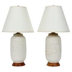 Pair Design Technics Oatmeal Stipple Glazed Pottery Table Lamps, 1950s