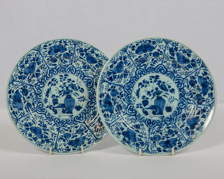18th Century Pair of Dutch Delft Blue and White Pancake Plates Made 1705-1725 For Sale