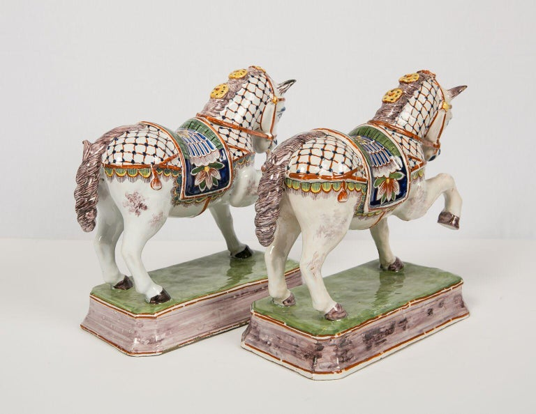 Pair of Dutch Delft Horses Painted in Polychrome Colors Made, Mid-19th Century In Excellent Condition For Sale In New York, NY
