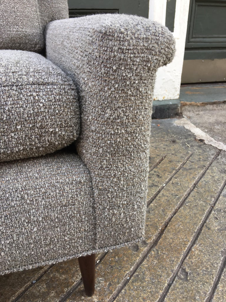 Pair of DUX Lounge Chairs, Newly Upholstered For Sale 6