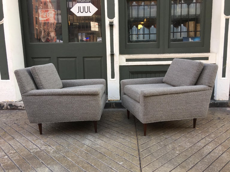 Mid-Century Modern Pair of DUX Lounge Chairs, Newly Upholstered For Sale