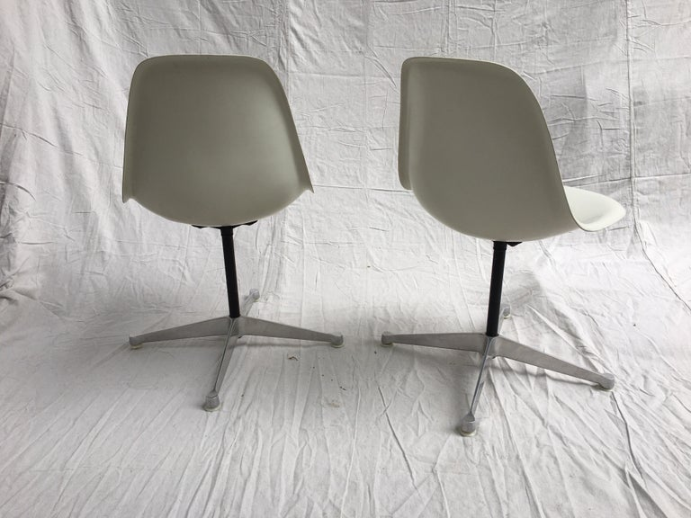 American Pair of Eames for Herman Miller Fiberglass Chairs For Sale