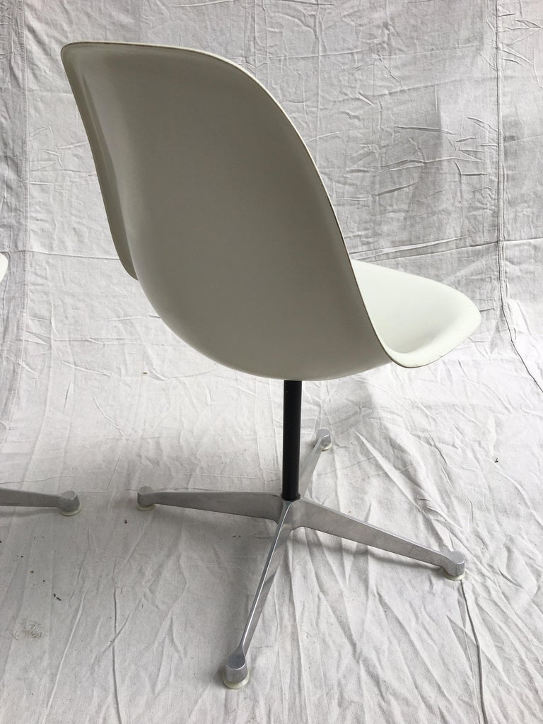 Pair of Eames for Herman Miller Fiberglass Chairs In Good Condition For Sale In Philadelphia, PA