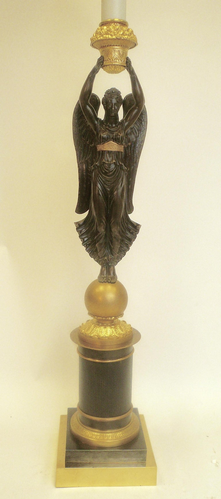 Pair of Early 19th Century French Empire Figural Bronze Lamps For Sale 1