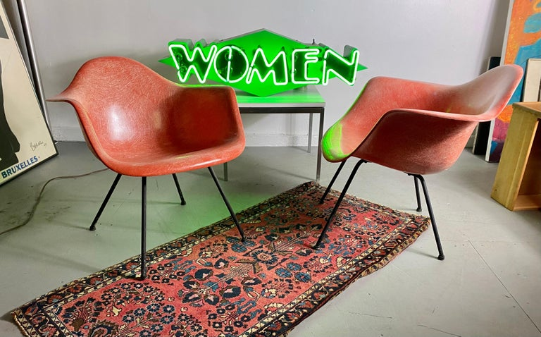 Pair of Early Charles Eames LAX Armshell, 'Lounge Chairs X BASE' For Sale 2