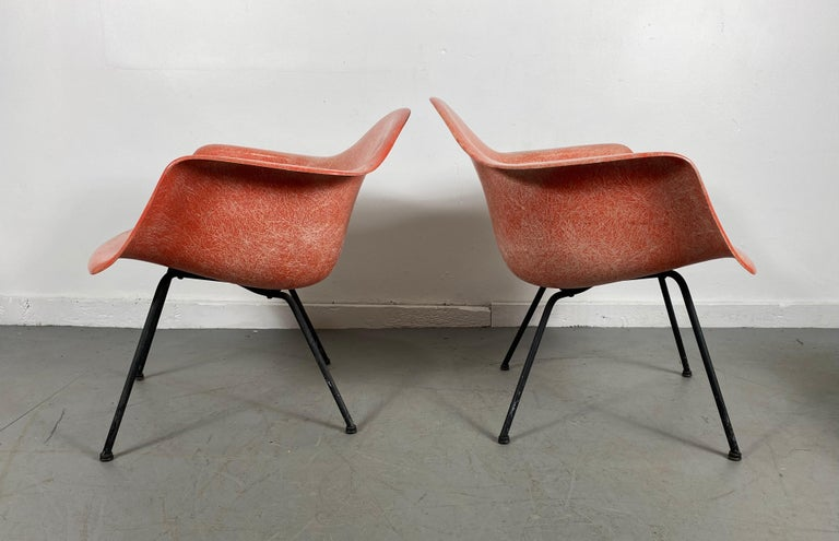 American Pair of Early Charles Eames LAX Armshell, 'Lounge Chairs X BASE' For Sale