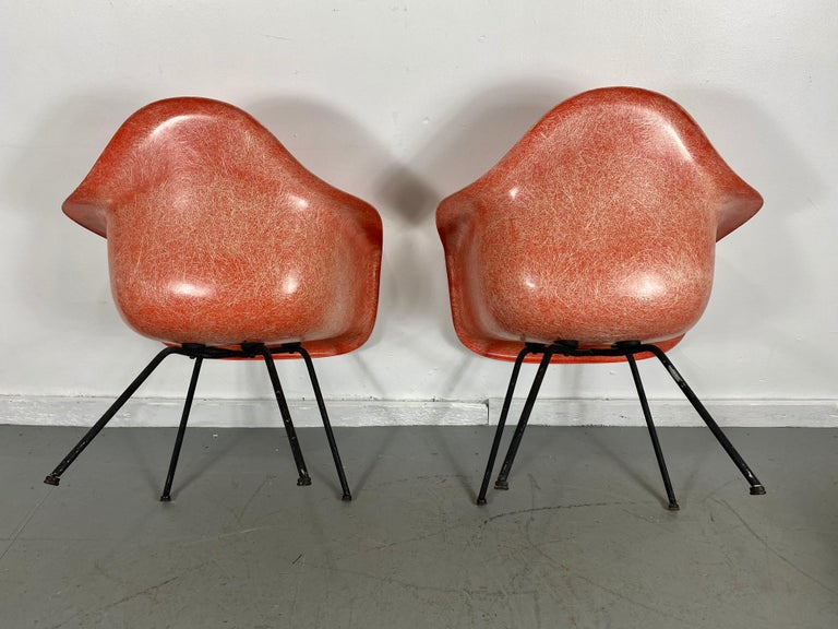Pair of Early Charles Eames LAX Armshell, 'Lounge Chairs X BASE' In Good Condition For Sale In Buffalo, NY