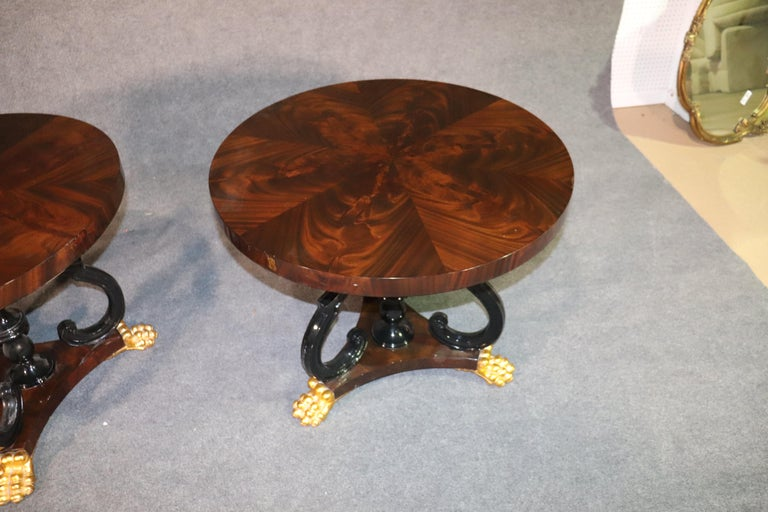Pair of Ebonized & Gilded English Regency Style Flame Mahogany Round End Tables In Good Condition For Sale In Swedesboro, NJ
