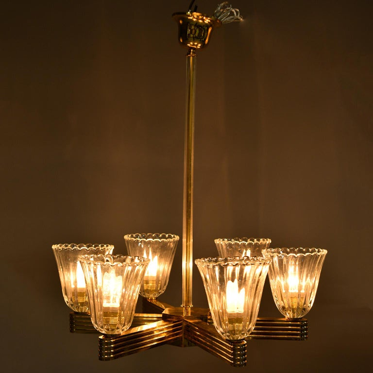 Pair Ercole Barovier and Toso Six Light Chandeliers In Good Condition For Sale In Troy, MI
