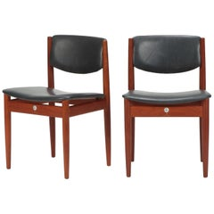 Pair Finn Juhl Model 197 Chairs Leather Teak, 1960s