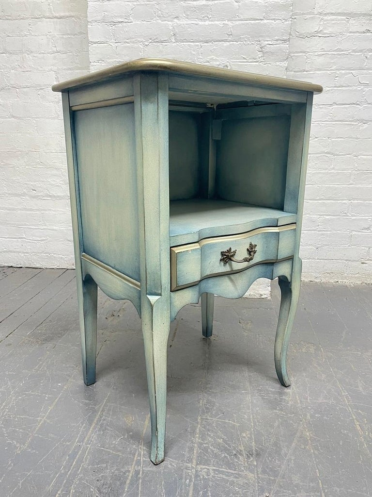 Mid-20th Century Pair French Antique Style Painted Nightstands For Sale