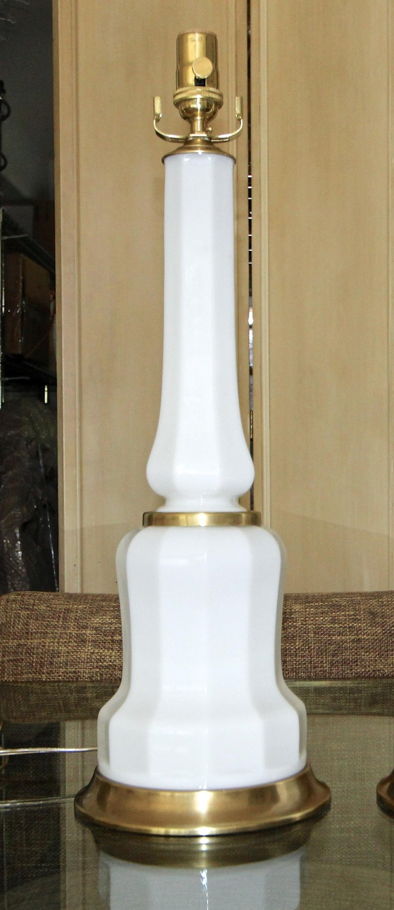 Pair of French White Opaline Table Lamps For Sale 4