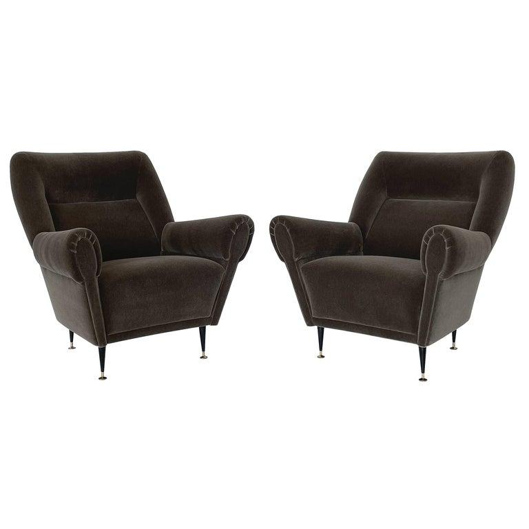 Pair Gigi Radice Italian Lounge Chairs in Mohair For Sale