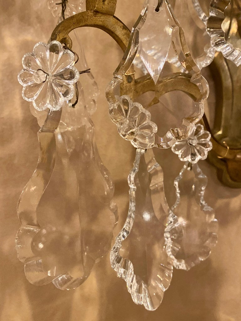 Gilt Bronze and Crystal Three-Light Wall Sconces French Early 20th Century, Pair For Sale 1