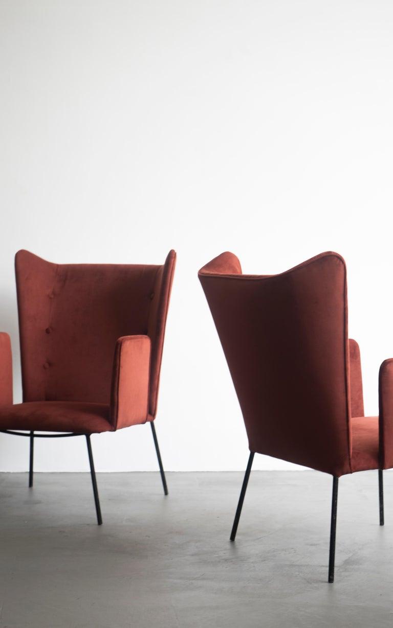 Velvet Pair of High Armchair by Carlo Hauner and Martin Eisler, Brazilian Design For Sale